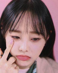 Sanhyeloonateez #loona #loonaicon #loonapict #jeonheejin #heejin #kimhyunjin #hyunjin #johaseul #haseul #vivi #wonggaheun #imyeojin #kimlip #kimjungeun #jungjinsoul #jinsoul #choerry #choiyerim #yves #hasooyoung #chuu #kimjiwoo #gowon #parkchaewon #oliviahye #sonhyejoo Kpop Girl Groups, Korean Girl Groups, Kpop Girls, I Love Girls, My Love, Chuu Loona, Olivia Hye, Girl Inspiration, Your Girl
