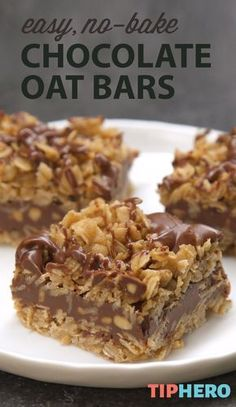 It doesnt get easier than this! True to the name, these delicious No-Bake Chocolate Oat Bars require zero baking to make, just butter, . Peanut Butter Oatmeal Bars, Chunky Peanut Butter, No Bake Oatmeal Bars, Oatmeal Fudge Recipe, Oatmeal Cake, Peanut Butter Desserts, Just Desserts, Delicious Desserts, Easy Healthy Desserts