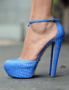 gorgeous blue sergio rossi heels #shoeporn