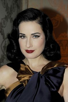 Dita Von Teese never gets tired of the retro beauty look, and neither do we!