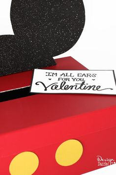 "Best Diy Crafts Ideas Make your own simple Mickey or Minnie Mouse Valentine Card Box! ""I'm All Ears For You"" Free Printable – Design Dazzle -Read More – Disney Valentines, Diy Valentines Cards, Valentine Day Boxes, Homemade Valentines, Valentine Day Crafts, Valentine Ideas, Printable Valentine, Valentine Stuff, Valentine Party"