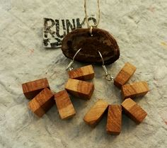 www.etsy.com/shop/runkoart  Simple wooden earrings made of apple tree #earrings #jewellery #jewelry #jewelrydesign #jewellerydesign #jewellerymaking #jewelrymaking #korvakorut #korvikset #korut #koruntekijä #korudesign #woodearrings #woodenearrings #apple #appletree