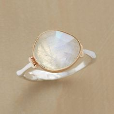 moonstone ring...eyeing this as a new addition ;)
