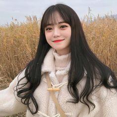 수험생분들 수능 화이팅 하새옹💓 Korean Girl Photo, Korean Boy, Ulzzang Korean Girl, Cute Korean Girl, Ullzang Girls, Cute Girls, Korean Bangs Hairstyle, Korean Hairstyles, Men Hairstyles