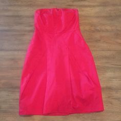 Pink strapless dress, NWT Pink strapless dress,NWT, has pockets The Limited Dresses Strapless