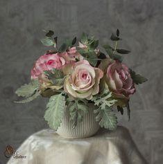 Интерьерная композиция из фоамирана: розы и эвкалипт, фото №3