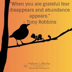 """""""When you are grateful fear disappears and abundance appears."""" – Tony Robbins⠀ ⠀ ⠀ ❤❤ Tap Tap to like and share with a friend who loves Tony Robbins Quotes.⠀"""