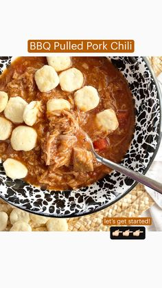 Barbecue Recipes, Chili Recipes, Pork Recipes, Slow Cooker Casserole, Slow Cooker Soup, Pulled Pork Chili, Slow Cooked Pork, Chowder Soup, Pork Roast