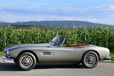 BMW 507 TS Roadster 3.2 V8 (140 HP) - technical specs engine specifications  Cylinders     V8  Displacement     3169 cm3 Power     103 KW @ 4800 RPM     140 HP @ 4800 RPM     138 BHP @ 4800 RPM Torque     164 lb-ft @ 2500 RPM     222 Nm @ 2500 RPM Fuel System     Carburetors  Fuel     Petrol