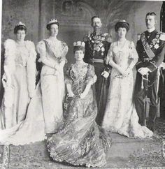 Princess royal with Queen Victoria and King Gustav of Sweden, Queen Alexandra, Toria and their second son, Prince Wilhelm in 1905
