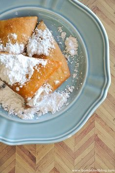 This New Orleans Beignets recipe will help you make the perfect treat for brunch or any other time! Deep Fried Recipes, Cajun Recipes, Gourmet Recipes, New Orleans Beignets Recipe, New Orleans Recipes, Macaroon Recipes, Donut Recipes, Haitian Food Recipes, Mexican Food Recipes