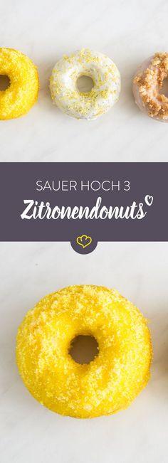 Fett adé: Die fluffigen Donuts kommen aus dem Ofen statt aus der Friteuse. Und oben drauf gibt's bunten Zucker, Kuchenstreusel und Mohnglasur.