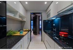 美式X工業小宅_美式風設計個案—100裝潢網 Kitchen Cabinets, Home Decor, Restaining Kitchen Cabinets, Room Decor, Home Interior Design, Dressers, Home Decoration, Kitchen Cupboards, Interior Decorating