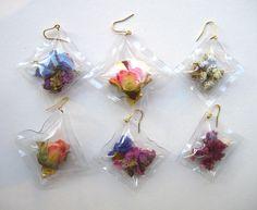 big Kiss & hug for you!!!  (flower pack earrings)