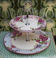 Vintage Rose Cake Stand  €31.95 How To Apologize, Rose Cake, Vintage Roses, Pattern Making, Little Things, Tea Party, Plates, Kitchen Stuff, Femininity