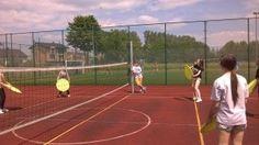 Hulające koco-piłki to fantastyczna propozycja gry zespołowej, którą wymyślono w Gimnazjum w Makowie. Wejdźcie na bloga i sprawdźcie zasady gry!