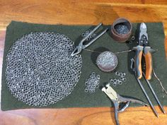 Chainmail Armor, Medieval Crafts, Medieval Weapons, Saint Louis, Chain Mail, Motifs, Museums, Norman, Knight