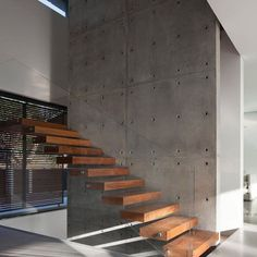 Kfar Shmaryahu House designed by Pitsou Kedem Architects #luxury #luxuryhome #architect #luxuryhouse #arquitectura #luxurylife #luxurylifestyle #mansion #staircase #staircases #bighouse #bighouses #lights #homes #homesweethome #homestyle #homestead #homestyling #house #houses #architecture #architectureporn #design #modern #architects #casas #interior #interiordesign All credits correspond to photographerdesignercreator - Architecture and Home Decor - Bedroom - Bathroom - Kitchen And Living…