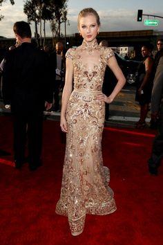 FLAWLESS OMG THAT DRESS!  Taylor Swift Grammys 2012