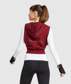 Gymshark Combat Sleeveless Hoodie - Claret   Gymshark Pastel Grunge, Gym Fashion, Sleeveless Hoodie, Camo Pants, Gym Style, Cool Jackets, Design Concepts, Hooded Jacket, Harem Pants