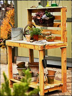 Potting Bench Made Of Pallets