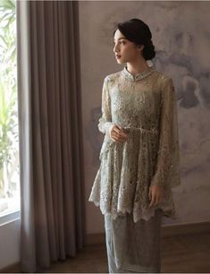 Source by ridhaulia brokat Kebaya Modern Hijab, Dress Brokat Modern, Model Kebaya Modern, Kebaya Hijab, Kebaya Muslim, Dress Brokat Muslim, Kebaya Brokat, Kebaya Lace, Batik Kebaya