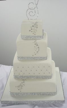 silver wedding cakes | ... cake-4-tiers-sparkle-band-wedding-cake-white-and-silver-wedding-cake