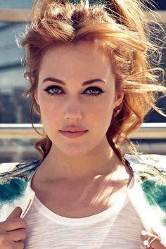 Turkish actress Meryem Uzerli..................//سمير