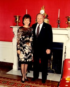 1992 Mom and Dad in the White House Red Room