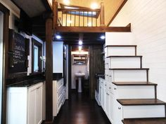 """@TlNYHOUSES 30Sep2015 -  Spacious tiny home in Chattanooga, Tennessee nicknamed the """"Nooga Blue Sky"""""""