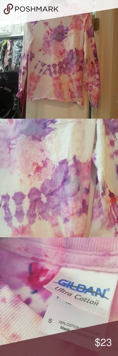 Ice dyed long sleeve top Repourpsed thrift store top. Ice dyed with purple and pink. Offers welcome! Men's small. Could fit women's medium Gildan Tops
