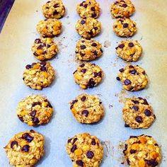 Özen'in mutfağından Özen'li tarifler :): Yulaf ezmeli, muzlu ve çikolatalı fit kurabiye