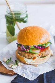 Healthy Meal Prep, Healthy Recipes, Healthy Food, Easy Recipes, Canned Fish Recipes, Hamburger Party, Hamburgers, Salmon Burgers, Tapas