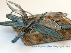 Layers of ink: Dragonfly and Bee Burlap Panels Tutorial