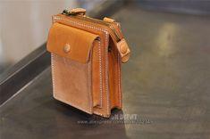 Designer First layer Genuine Leather Waist Bag Vegetable Tanned Waist Leather Wallet Purse belt pouch men women first grade cow-SR