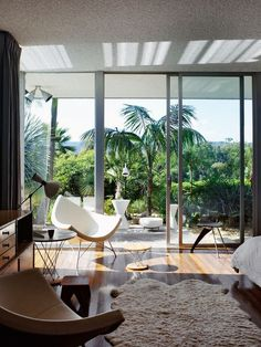 Oscar Niemeyer House. Santa Monica. Home. Living Room. Retro Modern. Decor. Interior Design. California.