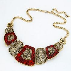 Royal Fashion Hollow Fan-shaped Costume Necklace - Red