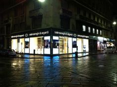 """Salmoiraghi e Viganò"" Milano.  Vetrine & Insegne by Penta Systems (www.pentasystems.it)"