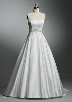 Picture of 2211 Wedding Dress - Alfred Angelo Autumn 2011 Collection