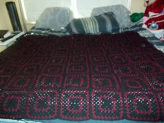 black and maroon crochet granny sqaures blanket over 100 squares put together Put Together, Crochet Granny, Crochet Projects, Squares, Blanket, Furniture, Home Decor, Decoration Home, Bobs