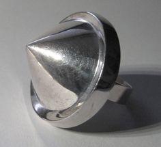 Finland Jewelry - Pekka Piekäinen for Auran Kultaseppä, vintage sterling silver ring, 1973.  ✿  ☺  ☺. ☻