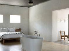 Een bad in de slaapkamer...mooi vrijstaand