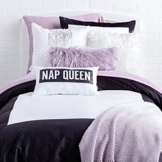 Bedroom awesome 52 Stylish Cool Dorm Rooms Style Decor Ideas How To Care For A Hardwood Floor Hardwo Purple Dorm Rooms, Cool Dorm Rooms, Teen Room Decor, Bedroom Decor, Bedroom Ideas, Gold Bedroom, Dorm Room Styles, Lavender Room, Fashion Room