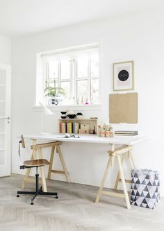 Check Out 25 Chic Scandinavian Home Office Designs. Scandinavian design is extremely popular now, so why not choose this style for your home office decor? Danish Interior Design, Interior Design Companies, Home Interior, Interior Architecture, Danish Design, Interior Ideas, Interior Styling, Minimal Architecture, Apartment Interior
