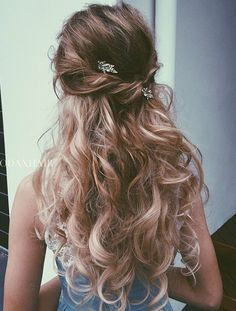10 Elegant Hairstyles for Prom: Best Prom Hair Styles 2016 - 2017 - Hairstyles Elegant Hairstyles, Matric Dance Hairstyles, Prom Hairstyles For Long Hair Half Up, Hairstyles For Homecoming, Long Hairstyle, Hair For Prom, Dinner Hairstyles, Quinceanera Hairstyles, Curled Hair Prom