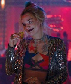 """Harley Quinn """"Birds Of Prey"""" - Margot Robbie Arlequina Margot Robbie, Margot Robbie Harley Quinn, Joker Y Harley Quinn, Harley Quinn Drawing, Harey Quinn, Der Joker, Univers Dc, Gotham Girls, Maquillage Halloween"""
