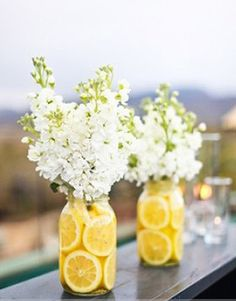 Lemons and flowers - a surprisingly good combination.
