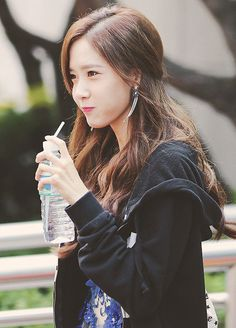 Yoona もっと見る