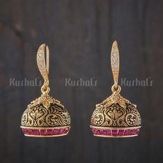 Gold Jhumka Earrings, Jewelry Design Earrings, Gold Earrings Designs, Gold Jewellery Design, Ear Jewelry, Necklace Designs, Jewelery, Jhumka Designs, Gold Jewelry