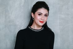 Celebrating cruelty-free beauty has never been this fun! In this cover, February Carla Abellana, shares her favorite cruelty-free brands! Oily T Zone, Too Much Makeup, Facial Wash, Just Beauty, Makeup Primer, Normal Skin, Beauty Advice, Without Makeup, Girl Gifs